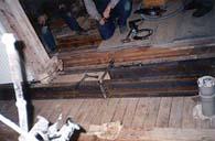 langer Schuh aus einer Stahlkonstruktion